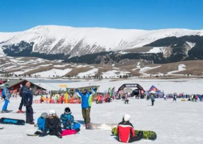 DEEJAY-Xmasters-Winter-Tour-sbanca-al-centro-Italia3