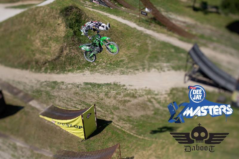 Deejay-xmasters-Locandina-Daboot-motocross-freestyle
