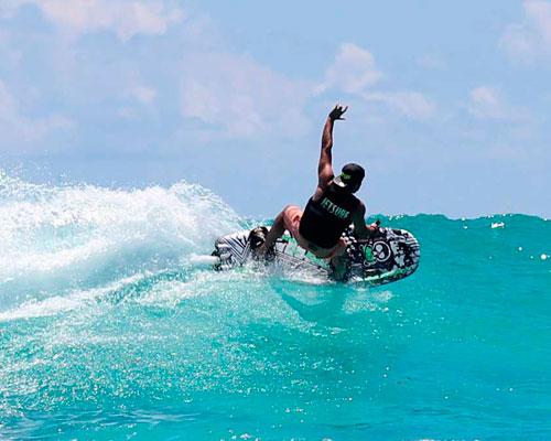 Deejay-Xmasters-jet-surf